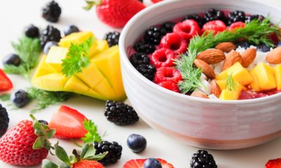 This shows the naturally healthy food-fruit salad